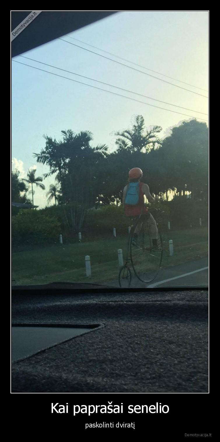 Kai paprasai senelio paskolinti dvirati