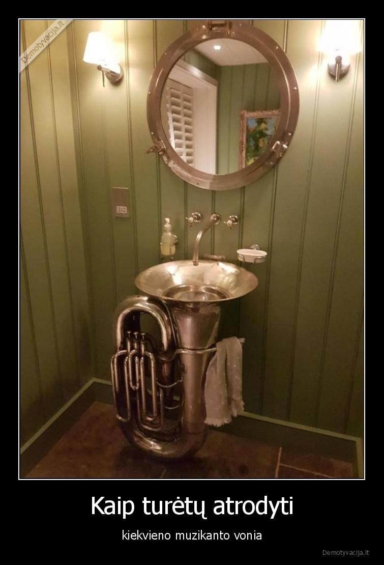 Kaip turetu atrodyti kiekvieno muzikanto vonia