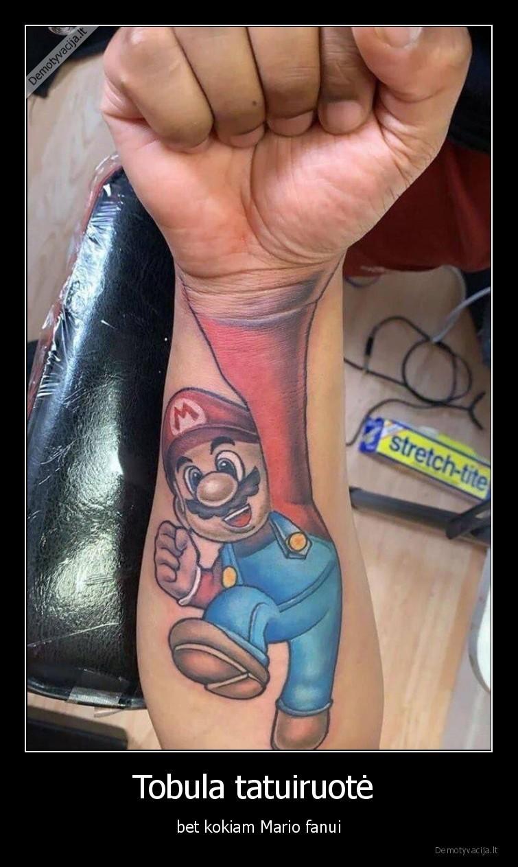Tobula tatuiruote bet kokiam Mario fanui